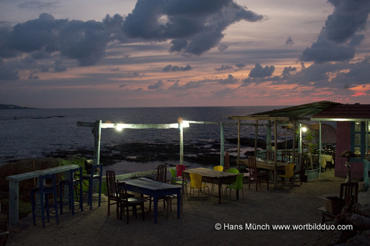 Restaurant am Meer in Batroun