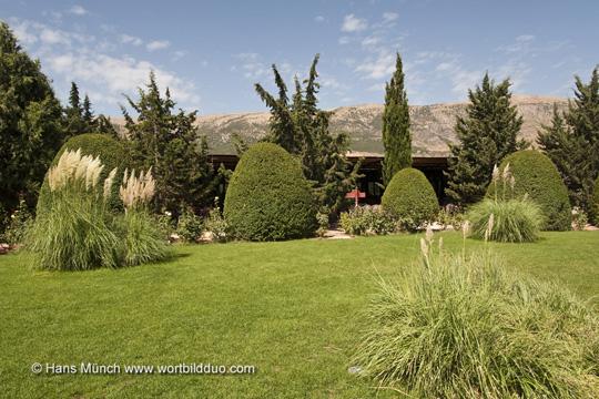 Garten im Chateau Kefraya